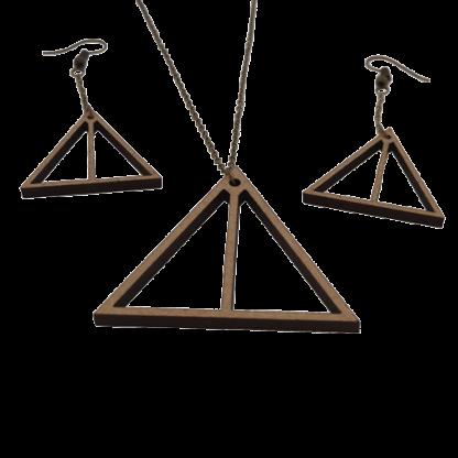 BO+collier-triangle-et-ligne-details